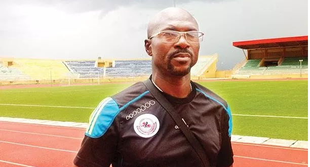 COACH AMAPAKABO SIGNS 2-YEAR CONTRACT WITH ENUGU RANGERS